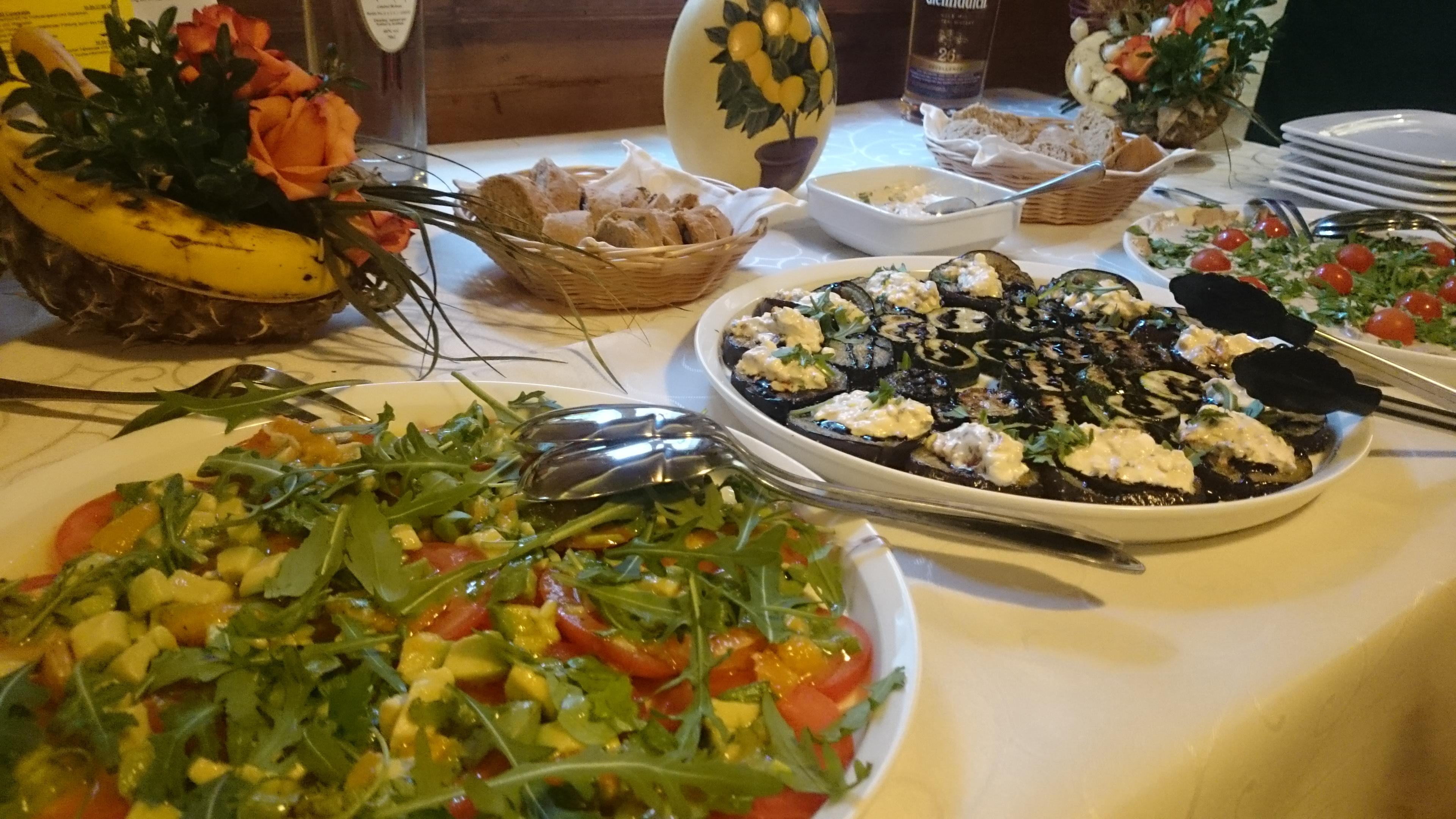 kochworkshop sommer salate dressings eben leichte k che kleene sch nke. Black Bedroom Furniture Sets. Home Design Ideas